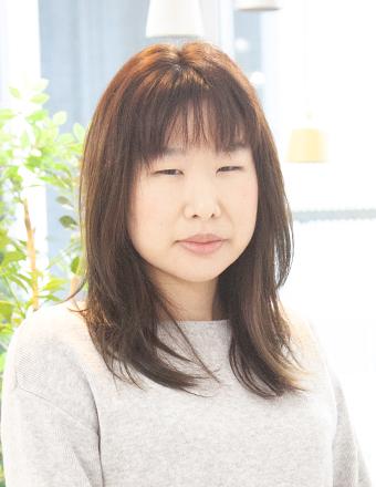 石津 優子